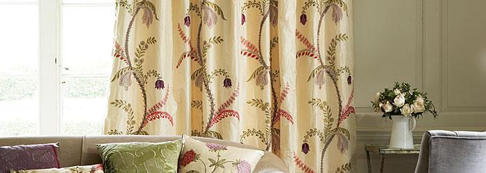 Curtains-700x250-5